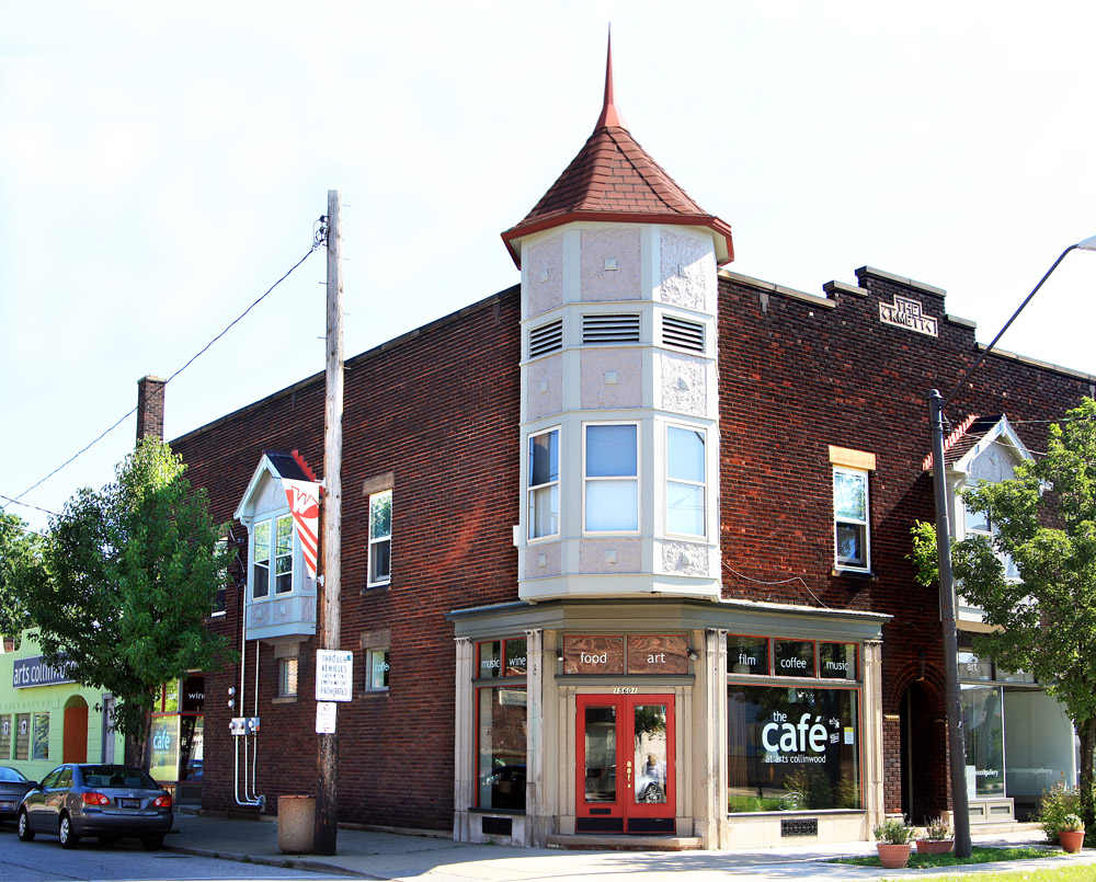 Arts Collinwood - Gallery & Cafe
